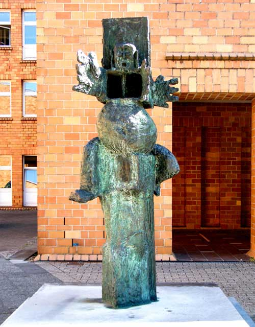 Skulptur: Kaspar von K.H. Hödicke (4)